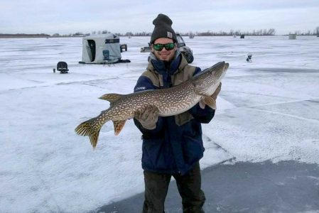 Ice Fishing Packages Cyrus Resort Lake of the Woods